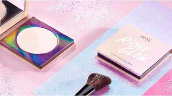 Make Over Riche Glow Face Highlighter